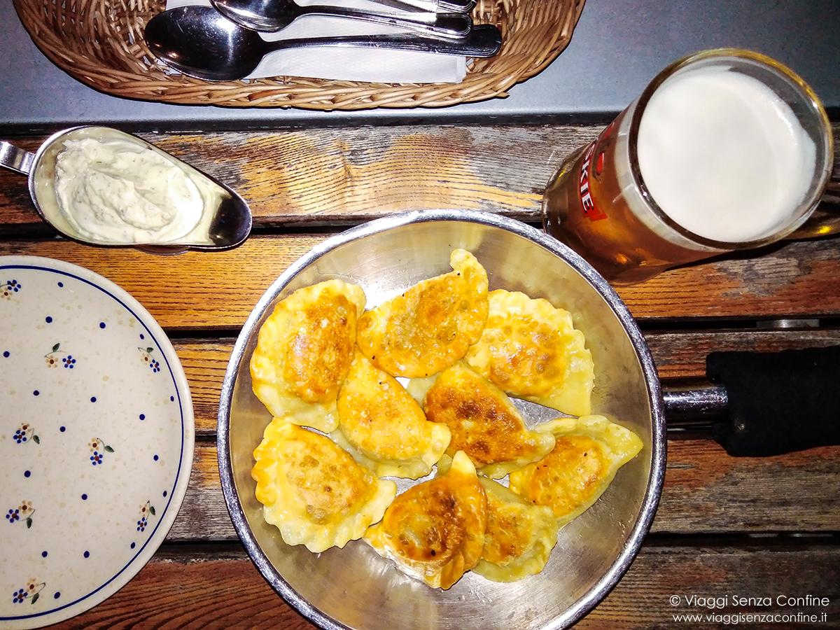 Cosa Cucinare Ad Agosto cosa mangiare in polonia: piatti tipici della cucina polacca