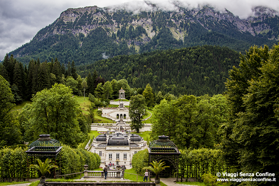 Castello di Linderhof - giardino 2