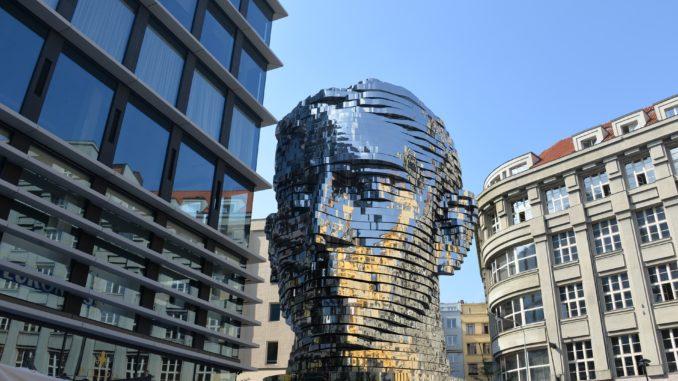 Statua di Kafka a Praga