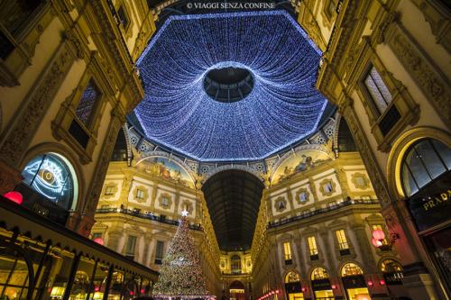 Galleria Vittorio Emanuele II illuminata